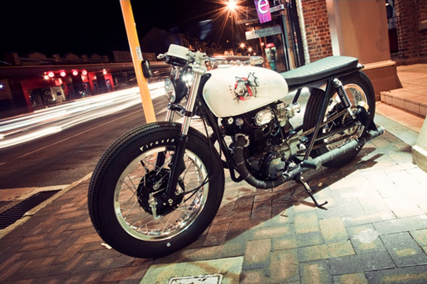 "Honda CB350 ""The Brat"""