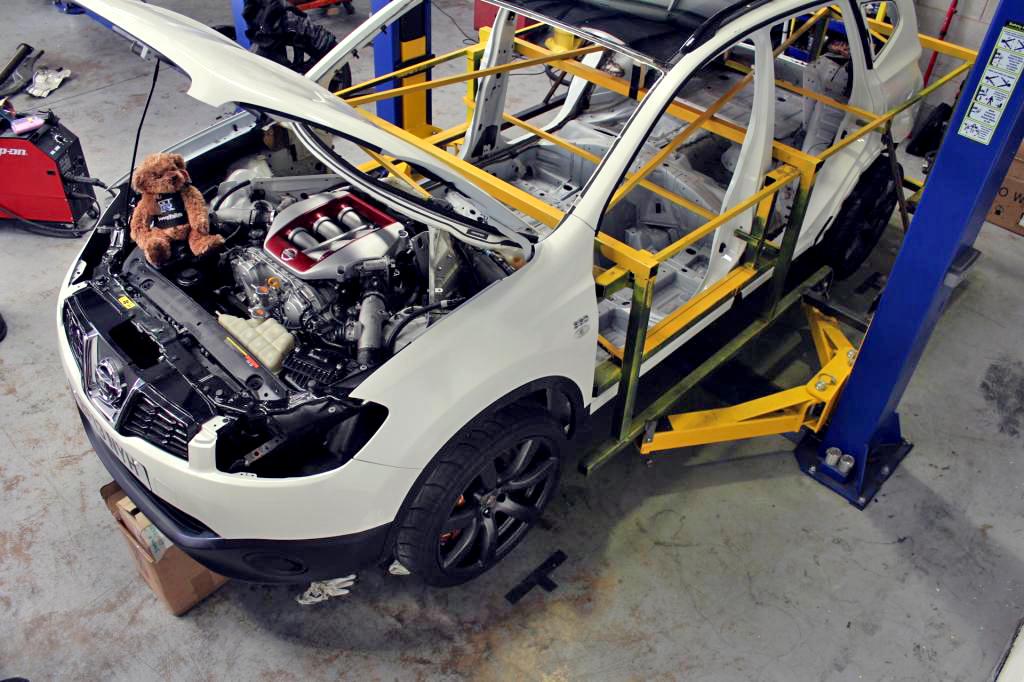 Nissan GTR x Qashqai/Dualis